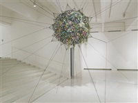 flying garden/air-port-city/32sw iridescent by tomas saraceno